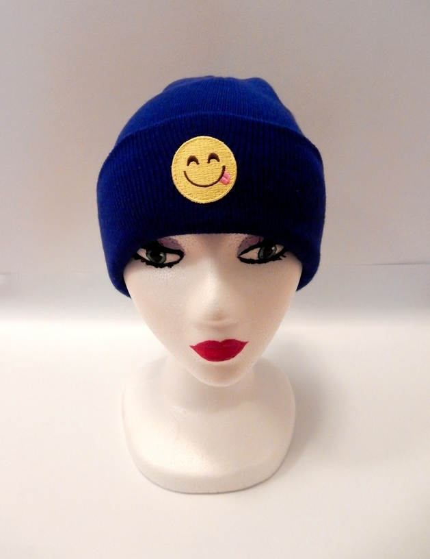 HEADS UP IT'S EMOJIS: BLUE BEANIE